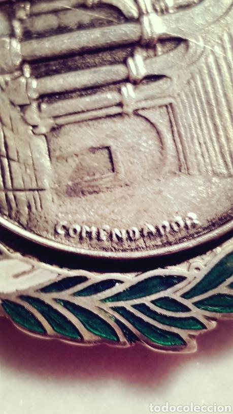 Medallas condecorativas: MEDALLA DEL CARDENAL CISNEROS FIRMADA COMENDADOR - Foto 5 - 156534358