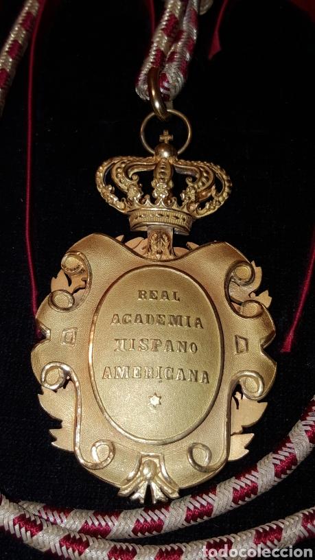 Medallas condecorativas: MEDALLA DE LA REAL ACADEMIA HISPANO AMERICANA - Foto 3 - 157854806