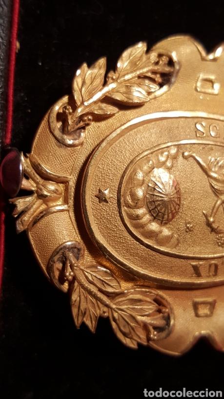 Medallas condecorativas: MEDALLA DE LA REAL ACADEMIA HISPANO AMERICANA - Foto 7 - 157854806