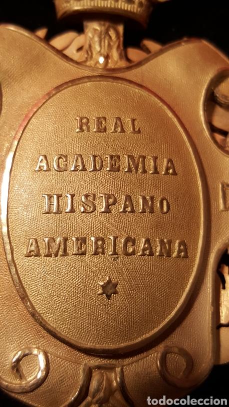 Medallas condecorativas: MEDALLA DE LA REAL ACADEMIA HISPANO AMERICANA - Foto 11 - 157854806