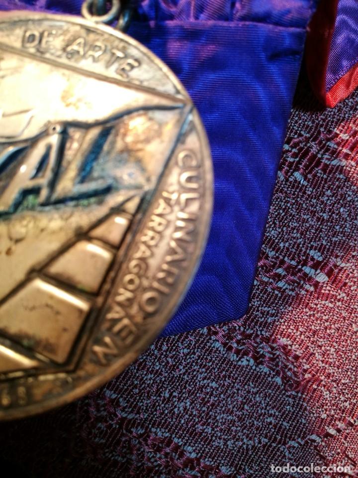 Medallas condecorativas: GRAN MEDALLON III EXHIBICION NACIONAL DE ARTE CULINARIO TARRAGONA 1969 SKAL -CHEF-COCINA---ESPAÑA - Foto 12 - 160658946