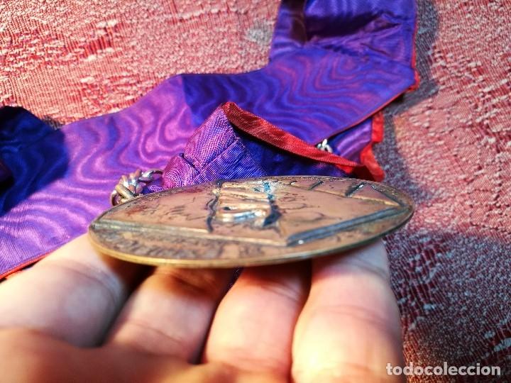 Medallas condecorativas: GRAN MEDALLON III EXHIBICION NACIONAL DE ARTE CULINARIO TARRAGONA 1969 SKAL -CHEF-COCINA---ESPAÑA - Foto 17 - 160658946