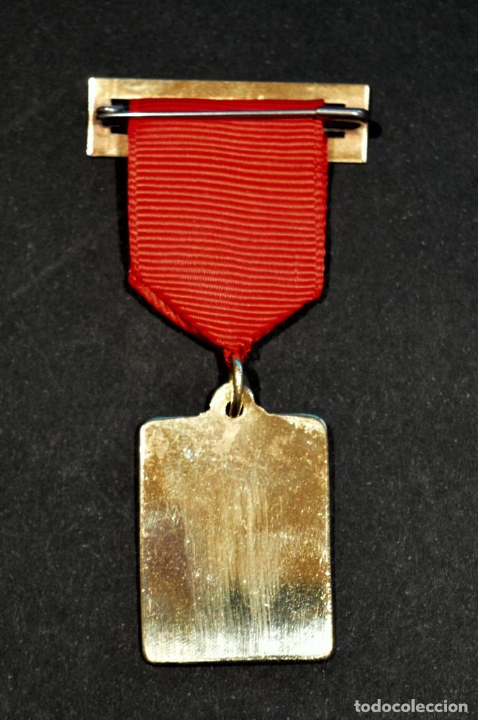 Medallas condecorativas: ANTIGUA MEDALLA AL MERITO ESCOLAR COLEGIO NELLY BARCELONA - Foto 4 - 167391632