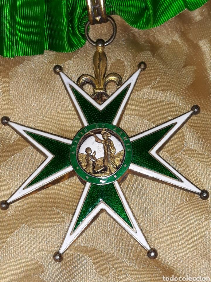 CRUZ DE COMENDADOR ORDEN DE SAN LÁZARO DE JERUSALEN,MINIATURA MERCADO FRANCES CON FLORES DE LIS. (Numismática - Medallería - Condecoraciones)