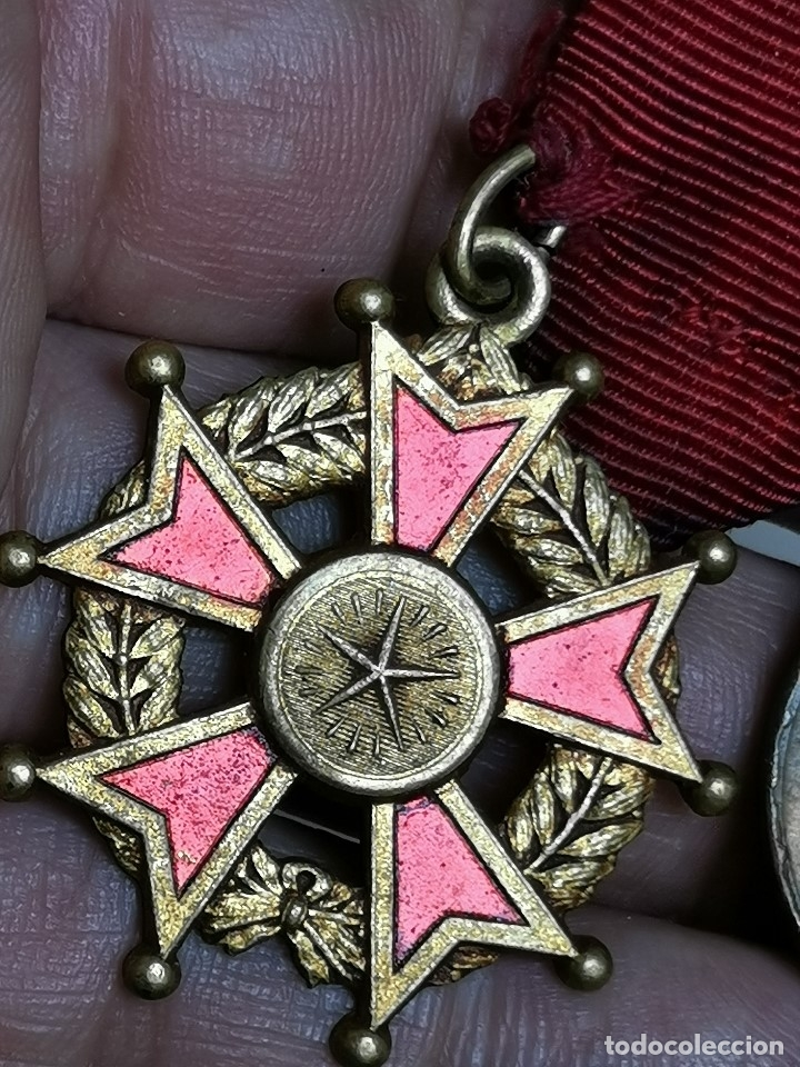 Medallas condecorativas: PAREJA MEDALLAS MERITO ESCOLAR, COLEGIO- ESPAÑA - Foto 3 - 174984759
