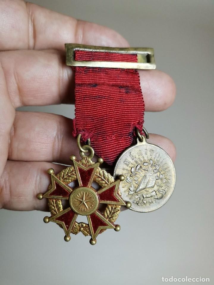 Medallas condecorativas: PAREJA MEDALLAS MERITO ESCOLAR, COLEGIO- ESPAÑA - Foto 5 - 174984759
