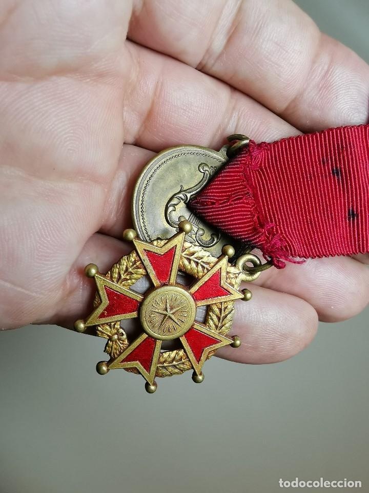 Medallas condecorativas: PAREJA MEDALLAS MERITO ESCOLAR, COLEGIO- ESPAÑA - Foto 13 - 174984759