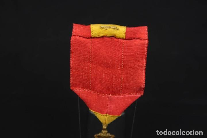 Medallas condecorativas: Antigua Medalla Al Merito - Foto 8 - 190987050