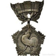 Medallas condecorativas: FRANCIA, COLLECTIVITÉS LOCALES, MEDALLA, EXCELLENT QUALITY, CROUZAT, PLATA, 32. Lote 195479991