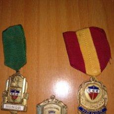 Medallas condecorativas: CONDECORACIONES DE HONOR DEL COLEGIO CRISTÓBAL COLÓN (LA SALLE) MÉXICO DF. Lote 195618880
