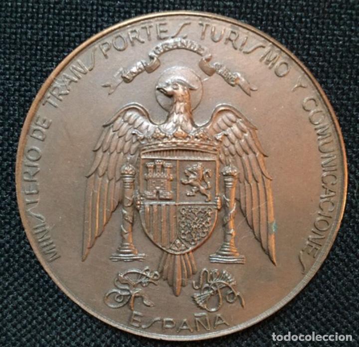 MEDALLA MINISTERIO DE TRANSPORTES (Numismática - Medallería - Condecoraciones)