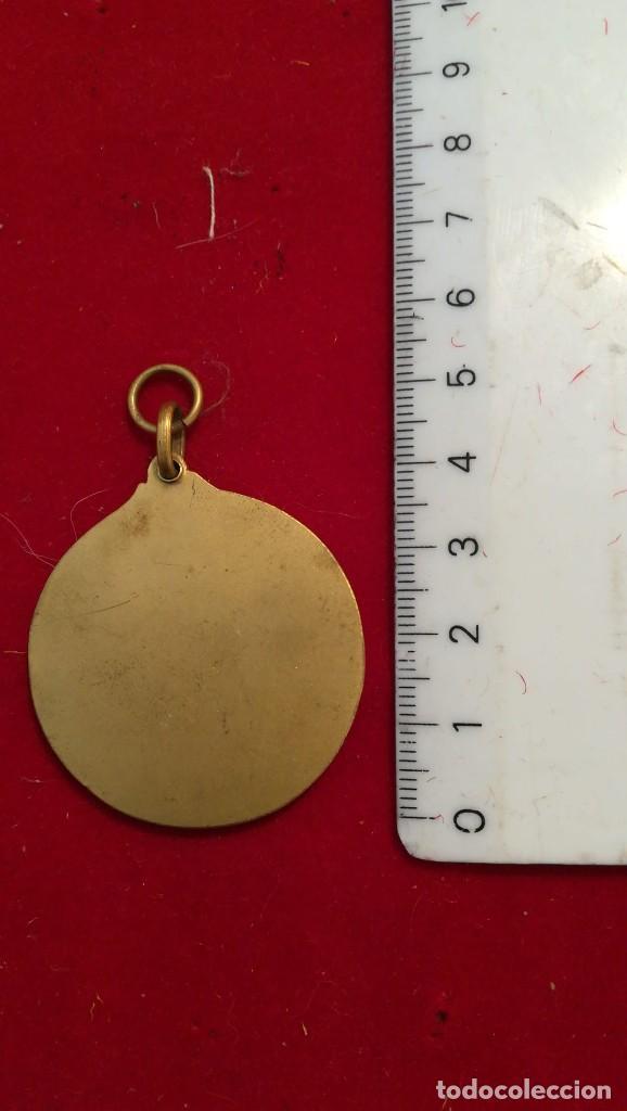 Medallas condecorativas: ANTIGUA MEDALLA (¿?) - Foto 2 - 200111136