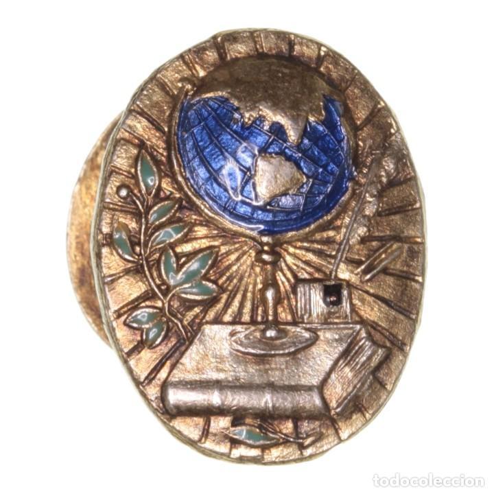 INSIGNIA ANTIGUA DE SOLAPA EDUCACIÓN (Numismática - Medallería - Condecoraciones)