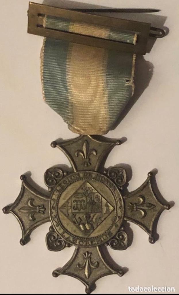 MEDALLA CONDECORACION 1935 LEGION DE HONOR LABOREMUS (Numismática - Medallería - Condecoraciones)