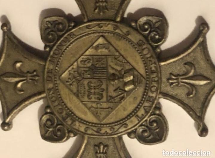 Medallas condecorativas: MEDALLA CONDECORACION 1935 LEGION DE HONOR LABOREMUS - Foto 2 - 201813822