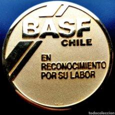 Medallas condecorativas: CHILE, BASF, MEDALLA DE JUBILACIÓN, EJEMPLAR ÚNICO. 98,6G / 60MM. Lote 202380530