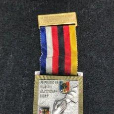 Medallas condecorativas: MEDALLA VINTAGE AMISTAD FRANCO ALEMANA - ALEMANIA. Lote 204223183
