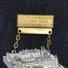 Medallas condecorativas: MEDALLA VINTAGE CASTILLO RENACENTISTA DE NEUNKIRCHEN 1973 - ALEMANIA. Lote 204223767