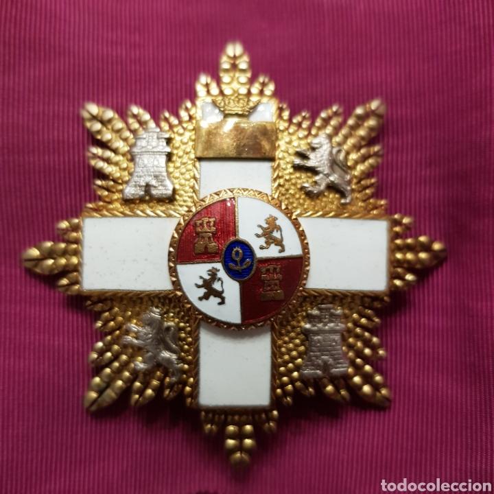 GRAN CRUZ DE 1ª CLASE ORDEN DEL MÉRITO MILITAR CON DISTINTIVO BLANCO 6 CM (Numismática - Medallería - Condecoraciones)