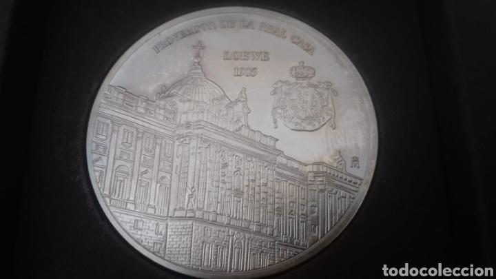MEDALLA CONMEMORATIVA LOEWE (Numismática - Medallería - Condecoraciones)