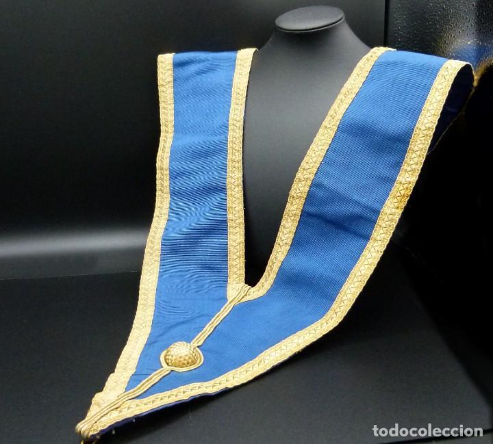 Medallas condecorativas: ANTIGUO GRAN COLLAR CEREMONIAL MASONICO / MAESTRO MASÓN AZUL / ORO SEDA: GEORGE KENNING & SON LONDON - Foto 2 - 223617615