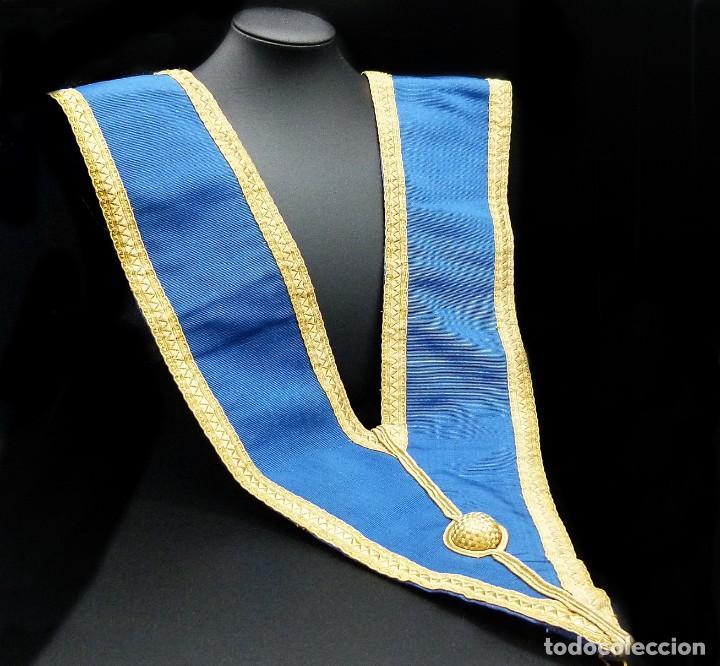 Medallas condecorativas: ANTIGUO GRAN COLLAR CEREMONIAL MASONICO / MAESTRO MASÓN AZUL / ORO SEDA: GEORGE KENNING & SON LONDON - Foto 13 - 223617615
