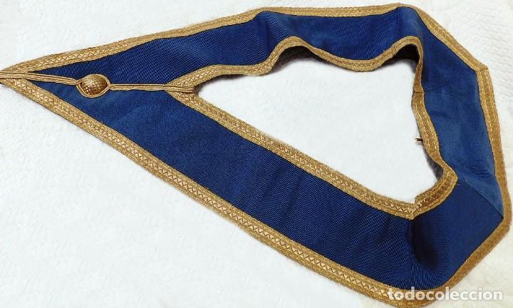 Medallas condecorativas: ANTIGUO GRAN COLLAR CEREMONIAL MASONICO / MAESTRO MASÓN AZUL / ORO SEDA: GEORGE KENNING & SON LONDON - Foto 11 - 223617615