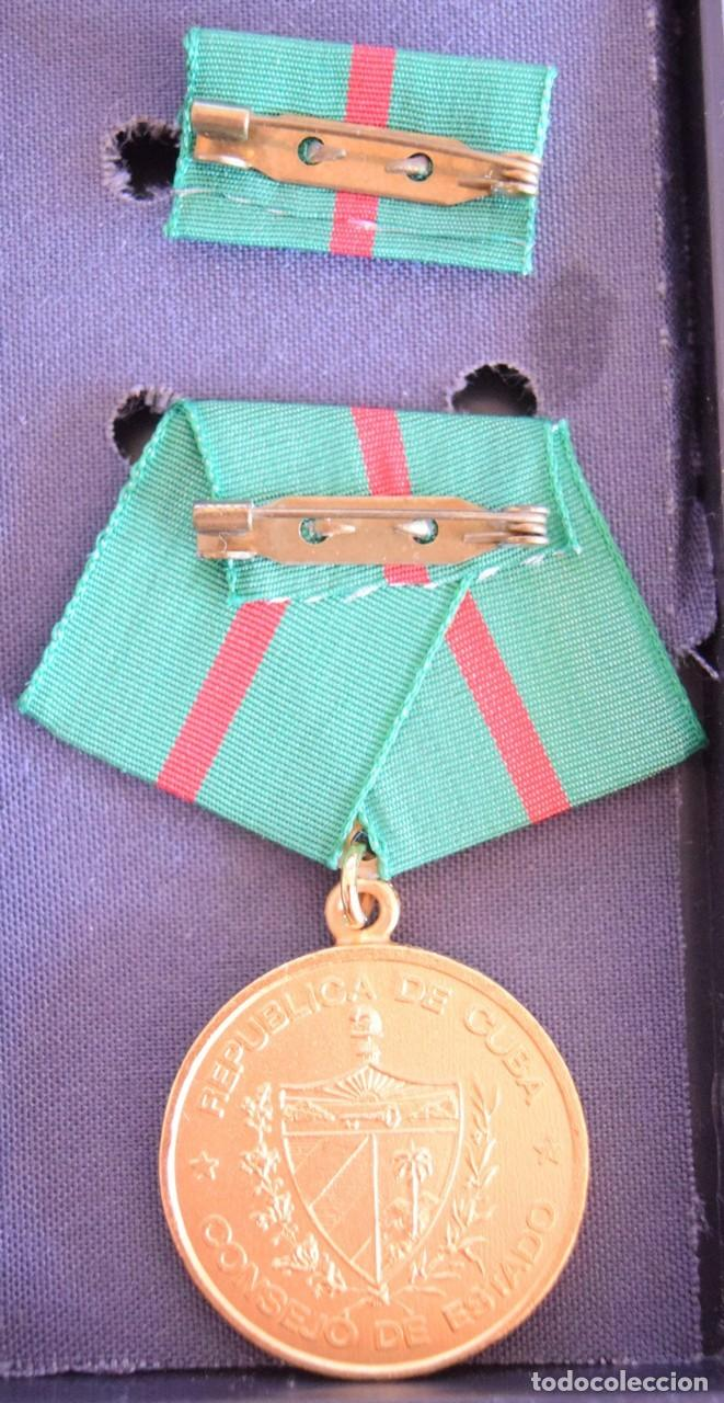 Medallas condecorativas: med58 Cuba Medalla Por la proteccion de las fronteras - Foto 2 - 226326413
