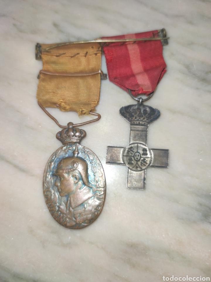 Medallas condecorativas: Dos medallas con pasador campaña del Rif y mérito Militar - Foto 3 - 227479880