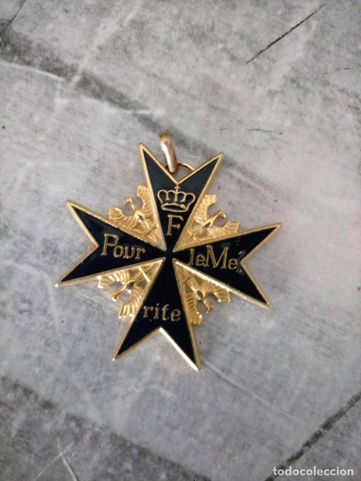 MEDALLA , F POUR LE MERITE VER FOTO RIEDICION (Numismática - Medallería - Condecoraciones)