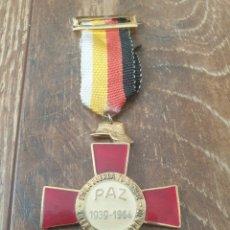 Medallas condecorativas: CRUZ DE LOS 25 AÑOS DE PAZ. Lote 241237630