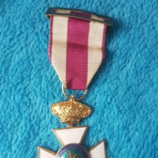Medallas condecorativas: MEDALLA PREMIO A LA CONSTANCIA MILITAR SAN HERMENEGILDO - CORONA REAL. Lote 246489365