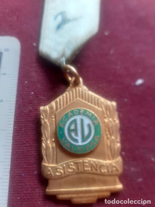 Medallas condecorativas: Medalla colegial. Cuba. Academia Valmaña - Foto 2 - 270108493