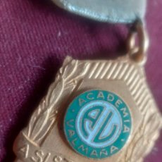 Medallas condecorativas: MEDALLA COLEGIAL. CUBA. ACADEMIA VALMAÑA. Lote 270108493