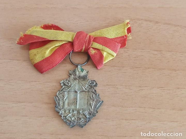 Medallas condecorativas: MEDALLA ESCOLAR AL MÉRITO (PLATA) - Foto 2 - 273280258