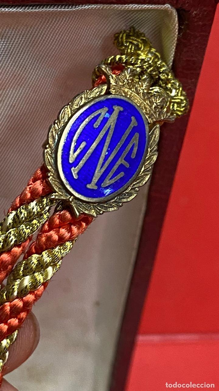 Medallas condecorativas: IMPRESIONANTE MEDALLA DE CATEDRATICO ESMALTADA CON CORONA MOVIL. 6 X 5 CM MEDALLA - Foto 2 - 277513323