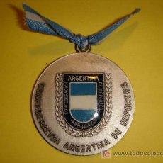 Coleccionismo deportivo: MEDALLA DE LA CONFEDERACION ARGENTINA DE DEPORTES AÑO 1991. Lote 26481804