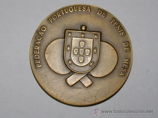 Coleccionismo deportivo: Medallón III Juegos Iberoamericanos, Portugal, 1985. Federación portuguesa de tenis de mesa. - Foto 2 - 13474100