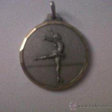 Coleccionismo deportivo: MEDALLA CLUB PATÍ HOSTALRIC 94 DIAMETRO 3 CMTS. Lote 32105820