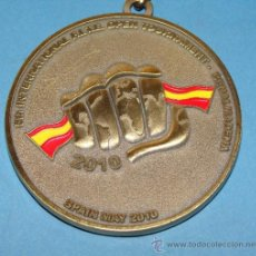 Coleccionismo deportivo: MEDALLA MEDALLON DEL TORNEO DE TAEKWONDO 2010. BENALMÁDENA. MALAGA. FITE. BRONCE. . Lote 34018034