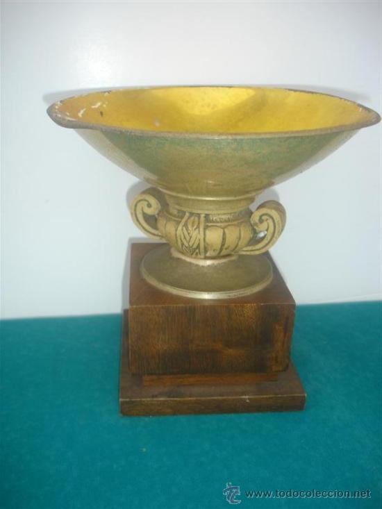 COPA DE TROFEO METAL Y MADERA (Coleccionismo Deportivo - Medallas, Monedas y Trofeos - Otros deportes)