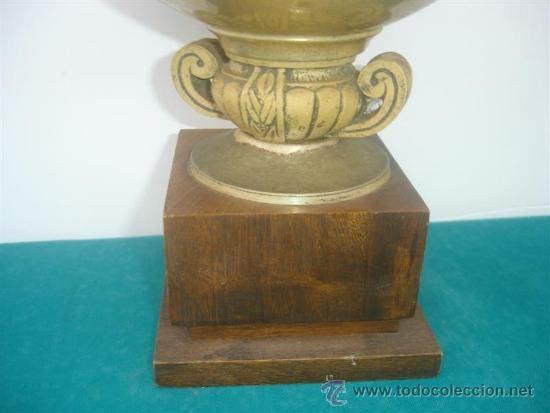 Coleccionismo deportivo: copa de trofeo metal y madera - Foto 2 - 34134286
