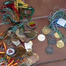 Coleccionismo deportivo: IMPRESIONANTE COLECCION LOTE DE 86 MEDALLAS DE NATACION. Lote 36764740