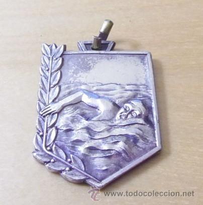 MEDALLA NATACIÓN - CURSILLO 1972 - 73 (Coleccionismo Deportivo - Medallas, Monedas y Trofeos - Otros deportes)