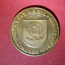Coleccionismo deportivo: MONEDA - FICHA - BRASIL CAMPEON DEL MUNDO 1958 , 1962, 1970 - TOKEN, JETON. Lote 40475460