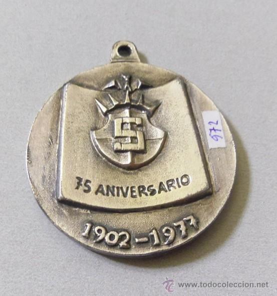 Coleccionismo deportivo: medalla de 75 aniversario del club salud de barcelona - tenis futbol- s.s.c. 1902 -1972 - Foto 2 - 40787166