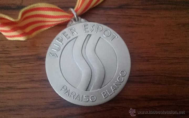 Coleccionismo deportivo: MEDALLA CURSILLO DE ESQUI SUPER ESPOT ESTACION SKI - Foto 2 - 45923313