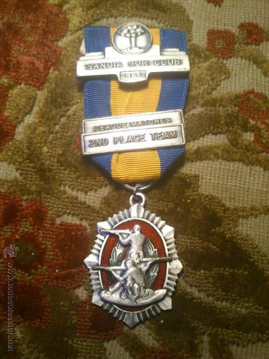 INSIGNIA, MEDALLA PIN DE TIRO OLIMPICO (Coleccionismo Deportivo - Medallas, Monedas y Trofeos - Otros deportes)