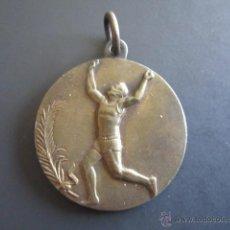 Coleccionismo deportivo: MEDALLA DEPORTIVA ATLETISMO AÑOS 40. DIÁMETRO 3 CM. . Lote 46424176