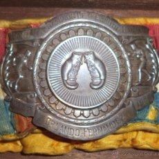 Coleccionismo deportivo: BOXEO. BOXING. CINTURON DE CAMPEON DE BANTAM CHAMPION OF THE SOUTH. ORLANDO FERNANDEZ. 1946. VER. Lote 128175914